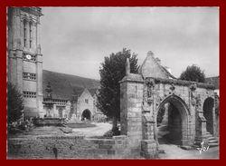Saint Jean Du Doigt * église Et Arc De Triomple    ( Scan Recto Et Verso ) - Saint-Jean-du-Doigt