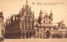 MECHELEN - Stadhuis En Oude Lakenhallen. - Malines
