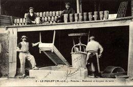 LE FUILET POTERIES MALAXEUR ET BROYEUR DE TERRE - France