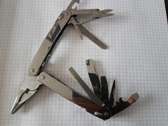 Pince Couteau Suisse Multifonction  Victorinox Avec Pochette - Knives/Swords