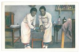 CH 31 - ( 13788 ) China - TSINGTAU, Women And Child - Old Postcard - Unused - China
