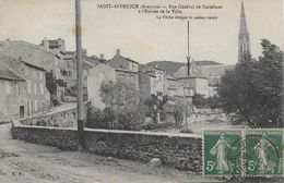 12 )   SAINT  AFFRIQUE  - Rue Général De Castelnau à L' Entrée De La Ville - La Flèche Désigne La Maison Natale - Saint Affrique