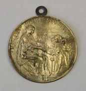 Vignette Médaille Journée Française Secours National Signée Hippolyte Lefevre 1915 - Services Médicaux