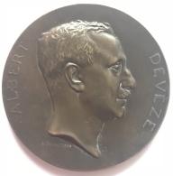 Médaille Bronze. Albert Devèze. En Commémoration De Son XXVe Anniversaire Professionel 1902-1927. A. Bonnetain. 55mm-59g - Professionals / Firms