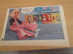 Page De Revue Des Années 60/70 : POUPEE SINDY , FORMAT 1/2 PAGE A4 - Autres Collections