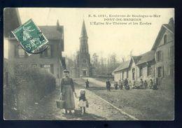 Cpa Du 62 Environs De Boulogne Sur Mer -- Le Pont De Briques -- L' église Ste Thérèse Et Les écoles GX47 - Boulogne Sur Mer