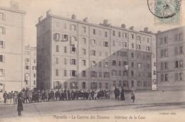 13 / MARSEILLE / LA CASERNE DES DOUANES / INTERIEUR DE LA COUR / RARE - Non Classés