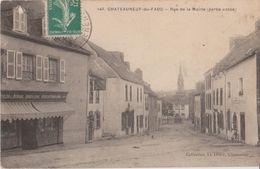 CHATEAUNEUF Du FAOU - Rue De La Mairie ( Partie Basse ) - Articles De Ménage, Quincaillerie, Boulanger PERROTTE . - Châteauneuf-du-Faou