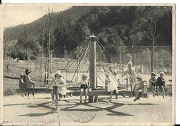 CPSM/gf (63) LA BOURBOULE.  Le Parc D'enfants, Le Manège, Animé Enfants Jouant.  .A843 - La Bourboule