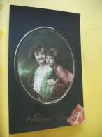 B14 2669 CPA 1916 - BONNE FETE - 2 FILLETTES DANS UN CADRE OVALE - EDIT N.H.C. (+ DE 20.000 CARTES MOINS 1 €) - Niños