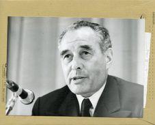 Monsieur  VERNIER PALLIEZ  PDG  Des Usines  RENAULT - Identified Persons
