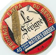 VP-18-187. ETIQUETTE DE FROMAGE.  FABRIQUE EN BERRY. CHER. LE SEVIGNE - Fromage