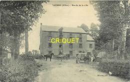 03 Vaumas, Le Moulin De La Ville, Animée, Charrettes...., Belle Carte Affranchie 1909 - France
