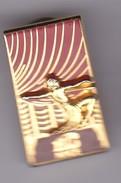 Pin's PIN UP  FLO NICE  SIGNE COURTOIS - Pin-ups