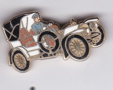 PIN'S VOITURE TYPE SIMPLEX 1902-1905 SIGNE ARTHUS BERTRAND - Arthus Bertrand