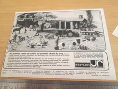 Page De Revue Des Années 60/70 : PUBLICITE FIGURINES MINIATURE BRITAINS LA FERME  Dimensions : 1/2  PAGE A4 - Figurines