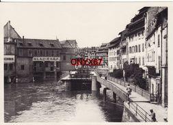 PHOTO 18 X 13 Cms - STRASBOURG (Bas-Rhin) Vue Sur Les Glacières  - Cliché Studio Vers 1950 - Lieux