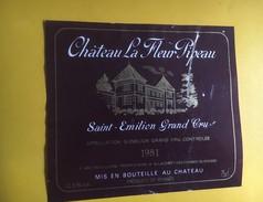 6239 - Château La Fleur Pipeau 1981 Saint-Emilion Déchirure - Bordeaux