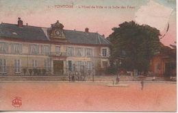 PONTOISE L HOTEL DE VILLE ET LA SALLE DES FETES - Pontoise