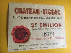 6253 - Château-Figeac 1978 Saint Emilion Déchirure - Bordeaux