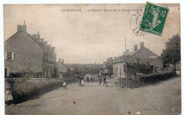 Nièvre - LA MACHINE - Le Bas Du Bourg Et La Gendarmerie - 1911 - La Machine