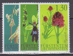 LIECHTENSTEIN           2002          N .   1242 / 1244       COTE    8 . 00  Euros - Liechtenstein