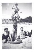 """MARSEILLE   """" LA COURONNE"""" AOUT 1939  CABANES DE PLAGE   9x6,5cm - Lieux"""