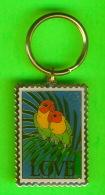 PORTE-CLÉS - TIMBRES USA, 52ç LOVE, OISEAUX  1981 LOVERS BIRDS - - Porte-clefs