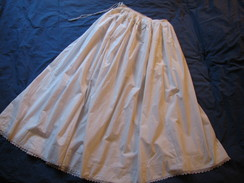 Jupon  En Coton Fin Ou Lin - Vintage Clothes & Linen
