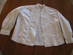6 - Chemisier En Coton Fin Ou Lin Monogrammé - Vintage Clothes & Linen