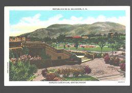 San Salvador - Parque Cuscatlan - Linen - Salvador