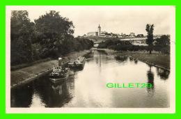 MELNIK, TCHEQUIE -  TRAVEL IN 1951 - ANIMATED WITH SHIPS - - Tchéquie