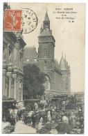 JOLIE CPA TRES ANIMEE LE MARCHE AUX FLEURS ET LA TOUR DE L'HORLOGE, PARIS 75 - Arrondissement: 01