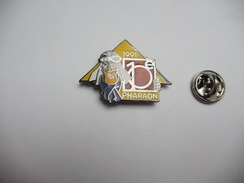 Superbe Pin's En EGF , Auto , 10e Rallye Des Pharaons 1991 , Signé Démons & Merveilles - Rallye