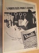 Page De Revue Des Années 60/70 : PUBLICITE PORTE-CLEF CAHIERS VIVALFA  , Format : Page A4 - Porte-clefs