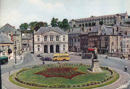 CPSM - 08 - Sedan - Place Turenne Et L'hôtel De Ville - 40929GF - Sedan