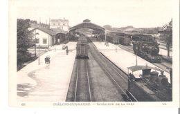 CP  D 51   CHALONS SUR MARNE   Interieur De La Gare - Châlons-sur-Marne