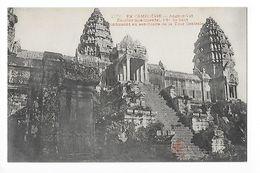 CAMBODGE  - Angkor Yat, Escalier Monumental -    - L 1 - Cambodia