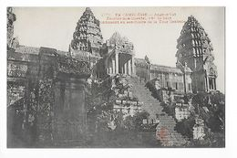 CAMBODGE  - Angkor Yat, Escalier Monumental -    - L 1 - Cambodge