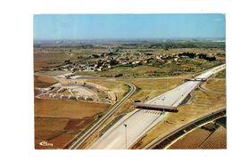 Cpm - 30 - Gallargues-le-Montueux - Vue Aérienne - Péage De L'autoroute - Le Village - 1979 - Gallargues-le-Montueux
