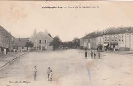 MONTIGNY-le-ROI : (52) Place De La Gendarmerie - Montigny Le Roi