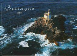 CPM  Bretagne Finistère Phare De Tévennec - France