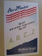 Planche De Décals Additionnels AEROMASTER 1/48e N° 48-244  COCARDES RAF SPITFIRE TYPHOON HURRICANE   , Complète Et Non C - Avions