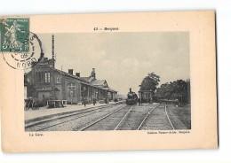 CPA 59 Bergues La Gare Et Le Train - Bergues