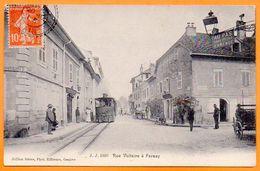 01 FERNEY   RUE VOLTAIRE        Voyagée 1915 Carte N° 47743 - France