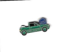 Pin's  Banque, Assurances  A G F  Avec  Automobile  Peugeot  205 ?  Décapotable  Verte - Banks
