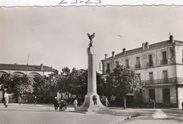 Militaria : SOUK  AHRAS  Algérie ( Monument Aux Morts ) Photo Africaines - Monumenti Ai Caduti