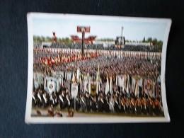 Der Staat Der Arbeit Und Des Friedens, Folge II, Bild  84, Kundgebung Im Berliner Stadion - Trade Cards