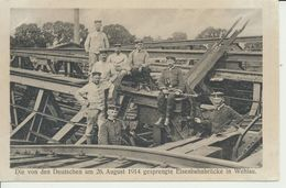AK Wehlau, Gesprengte Eisenbahnbrücke - Ostpreussen