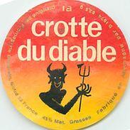 VP-18-266. ETIQUETTE DE FROMAGE. FABRIQUE EN ALLEMAGNE. CROTTE DU DIABLE - Fromage